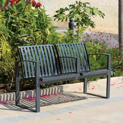 Newport metal Outdoor Bench | Bancos de exterior | AREA