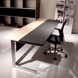 Kn | Individual desks | José Martínez Medina