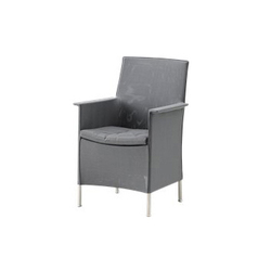 Liberty Chair with armrest | Sillas de jardín | Cane-line