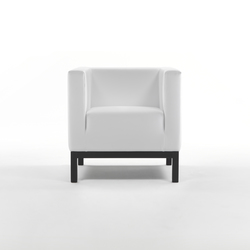 Ascot Armchair | Lounge chairs | Giulio Marelli
