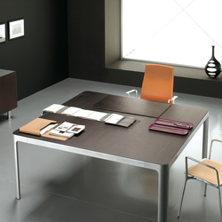 Eneko | Meeting room tables | Famo