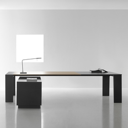 Mahia Management | Executive desks | Famo