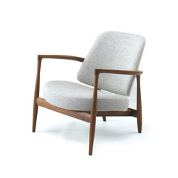 IL-02 Easy Chair | Armchairs | Kitani Japan Inc.
