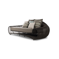 Croissant Sofa | Sofás de jardín | Kenneth Cobonpue