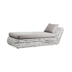 Matilda Chaise Lounge | Chaise longue | Kenneth Cobonpue