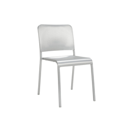 20-06™ Stacking chair | Sillas para restaurantes | emeco