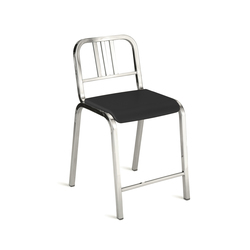 Nine-0™ Stacking counter stool | Taburetes de bar | emeco