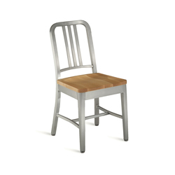 Navy® Chair with natural wood seat | Sillas para restaurantes | emeco