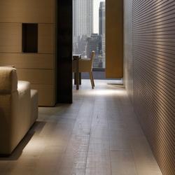 Flooring | gris plata claro decapado corte | Sols en bois | Energía Natural