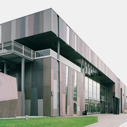 concrete skin | Copernikus Science Center Warsaw | Facade systems | Rieder