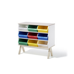Famille Garage sideboard | Children's area | Richard Lampert