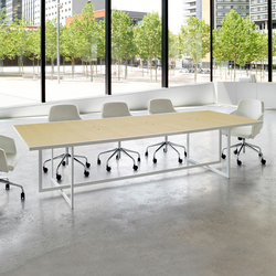 Level 130 | Meeting room tables | AG Land