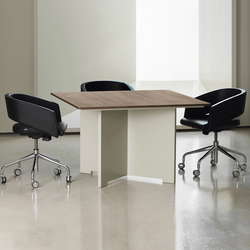 MV 114 | Meeting room tables | AG Land