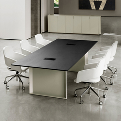 MV 130 | Meeting room tables | AG Land
