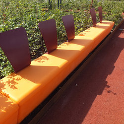 #140 Loop Line | Exterior benches | out-sider
