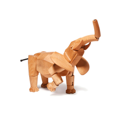 Hattie the Wooden Elephant | Giocattoli per bambini | David Weeks Studio