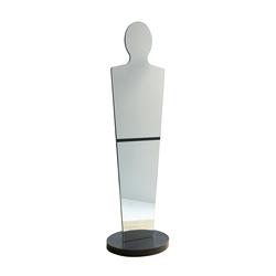 Statue | Mirrors | Studio Domo