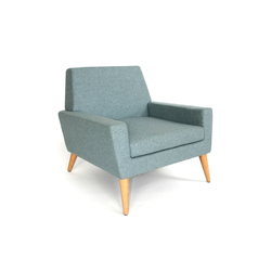 Finsbury Arm Chair | Poltrone lounge | Assemblyroom