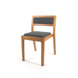 Long Eaton Stacking Chair | Sillas de visita | Assemblyroom