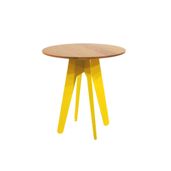 The Burgess Compact Table | Mesas auxiliares | Assemblyroom
