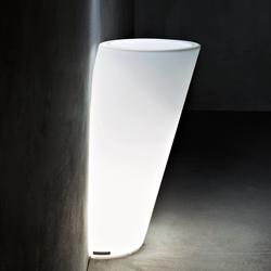 Pot Au Mur Light | Macetas plantas / Jardineras | Serralunga