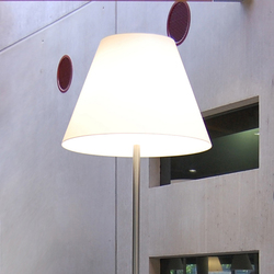 Conical Desk | Luminaires de table | QC lightfactory