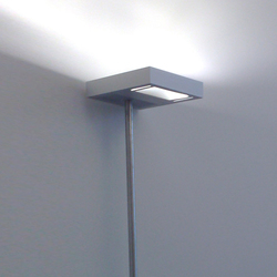 W Flat Floorstanding | Spotlights | QC lightfactory