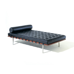 Barcelona Day Bed | Camas de día | Knoll International