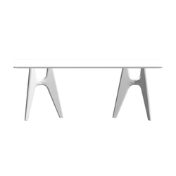 Notre Dame | Dining tables | Serralunga