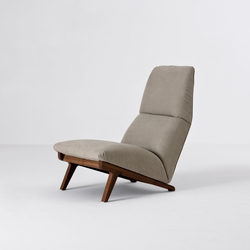 Lisbeth | Lounge chairs | Former