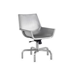 Sezz Swivel chair with glides | Siegès de conference | emeco