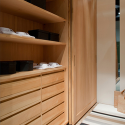 Trust | Walk-in wardrobes | Riva 1920