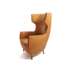 Hardy Wingback Chair | Poltrone lounge | Dare Studio