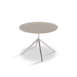 Shell Side Table 50 | Mesas auxiliares de jardín | FueraDentro