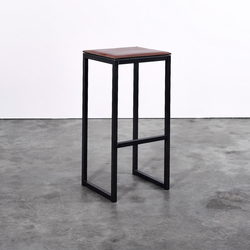 Stool on_03 | Counter stools | Silvio Rohrmoser