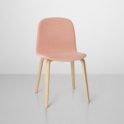 Visu Chair | wood base upholstered | Sillas para restaurantes | Muuto