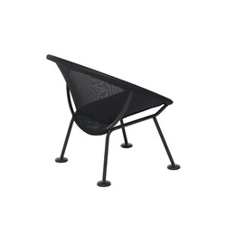Take Off | lounge chair black | Fauteuils de jardin | Skitsch by Hub Design