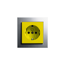 E2 | Steckdose mit Sicherheitsvorsorgung | Schuko-Stecker | Gira