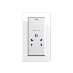Esprit Glass | Socket outlet | Enchufes EURO | Gira