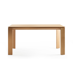 Iru Table | Dining tables | ONDARRETA