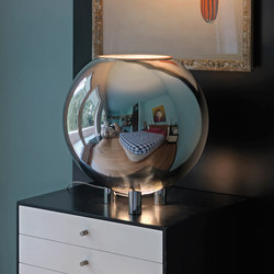 Globo di Luce Table lamp | General lighting | FontanaArte