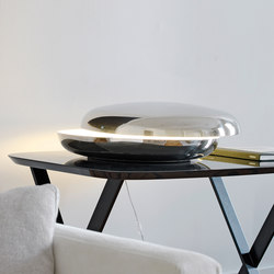 Loop Table lamp | Table lamps in stainless steel | FontanaArte