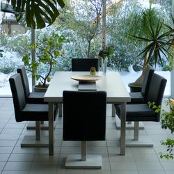 esstisch tischplatte aus beton garten esstische von oggi beton architonic. Black Bedroom Furniture Sets. Home Design Ideas