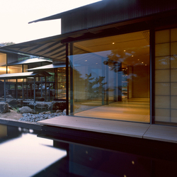 Water Cherry House | French doors | Panoramah