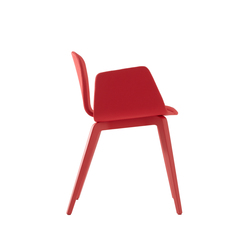 Bob XL Wood Chair with Armrests | Visitors chairs / Side chairs | ONDARRETA