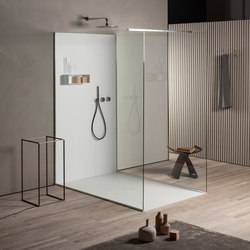 Less | Shower trays | MAKRO