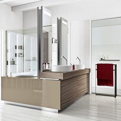 Bathtub - Washbasin - Shower System | Built-in bathtubs | MAKRO