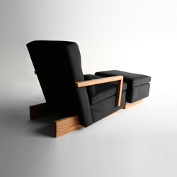 Trax Chair with Arms & Ottoman | Lounge chairs | Phase Design
