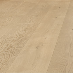 OAK Character wide-plank brushed | white oil | Wood flooring | mafi