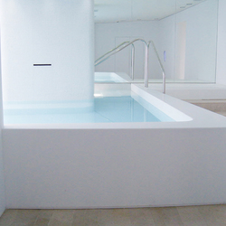 STARON® Pool | Professional spa | Staron